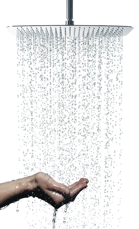 IS_IdealrainLuxe_B0389AA_Lfst_NN_rainshower-water